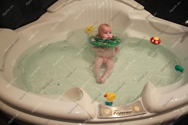 Круг для плавания новорожденных